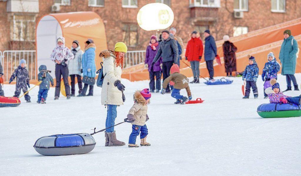 Снежные горки откроют в нескольких зеленых зонах юга. Фото: сайт мэра Москвы