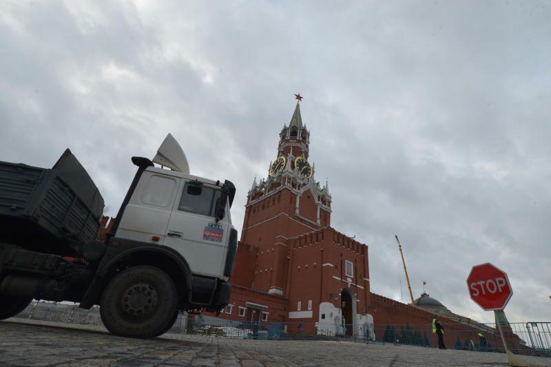 Московский Кремль и Мавзолей Ленина временно закроют для посетителей