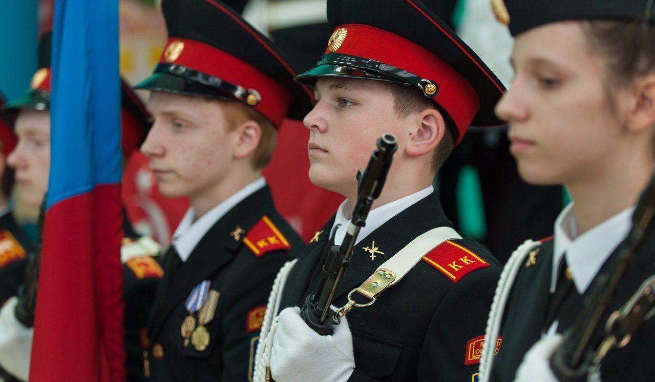 Около 500 военнослужащих Семеновского полка приняли присягу