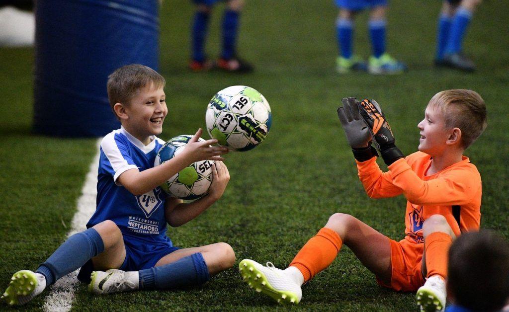 Второй Всероссийский футбольный турнир организуют в манеже «Чертаново». Фото: официальная страница ФШ «Чертаново» ВКонтакте
