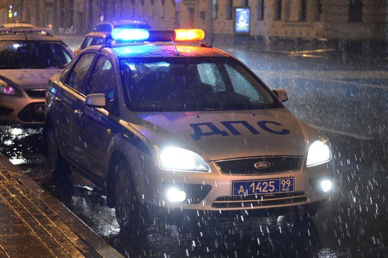 На юге Москвы столкнулись три автомобиля, есть пострадавшие