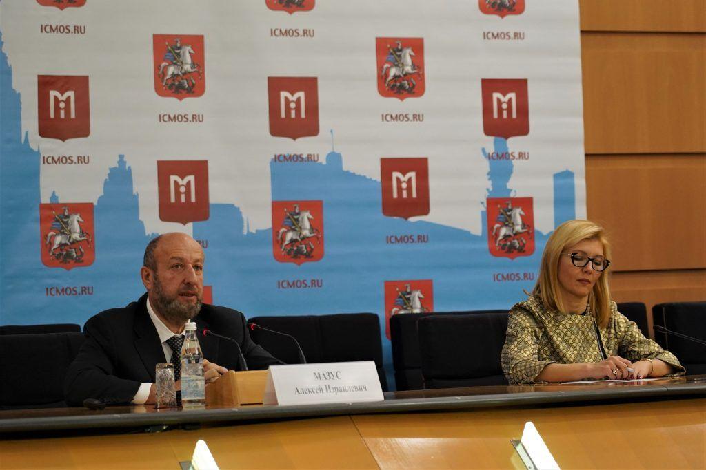 Пресс-конференцию «ВИЧ + безопасность. Первый урок. Мнение родителей и врачей» провели в столице