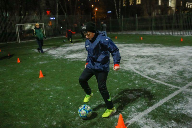 Юные жители района Орехово-Борисово Южное приняли участие в зимних состязаниях