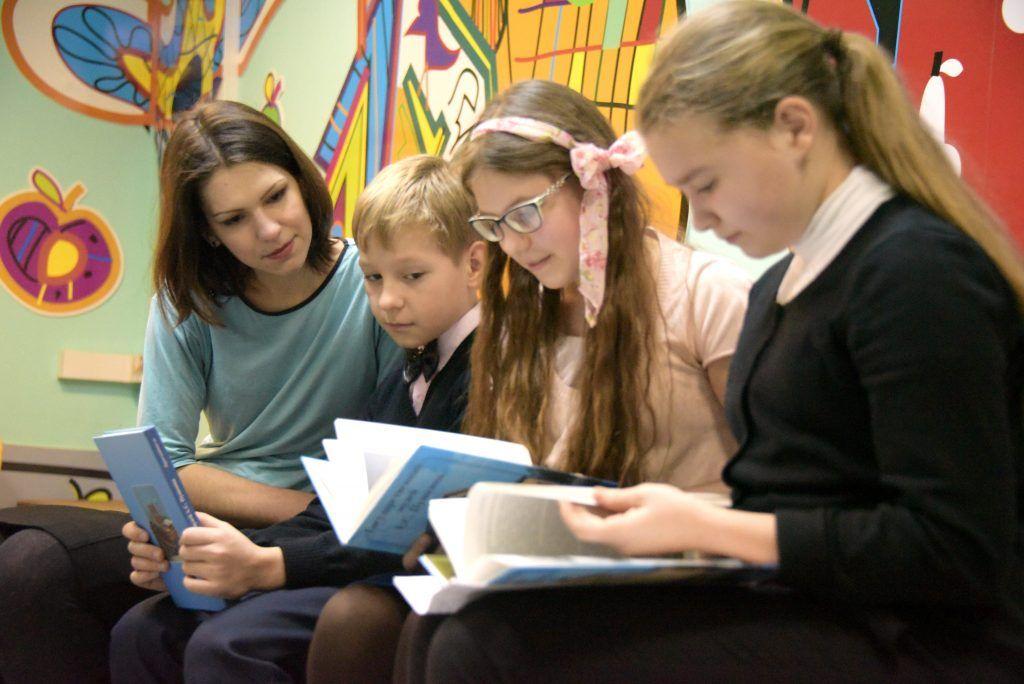 Юных читателей пригласили на час сказок братьев Гримм в библиотеку №150. Фото: архив, «Вечерняя Москва»