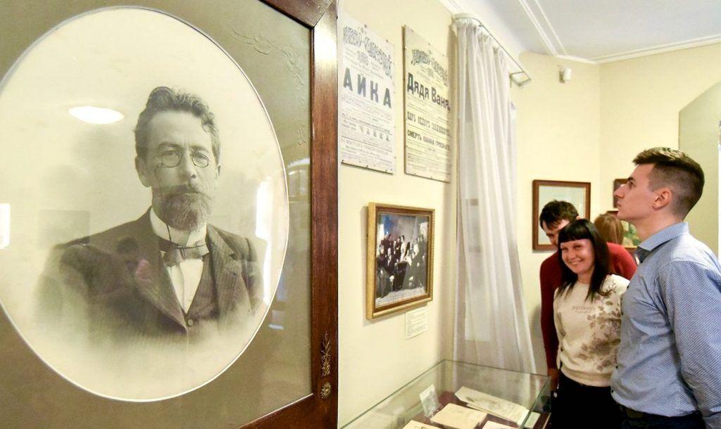 Выставка к 160-летию со дня рождения Чехова пройдет в Главархиве Москвы