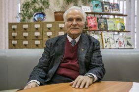 Александр Лобашинский частый гость в школе № 1170. Фото: Михаил Подобед