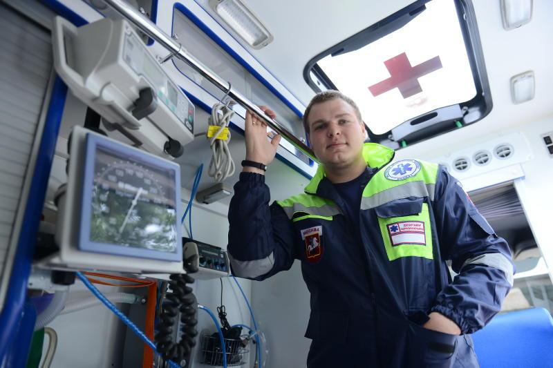В Москве автомобили скорой помощи оснастят портативными УЗИ-аппаратами