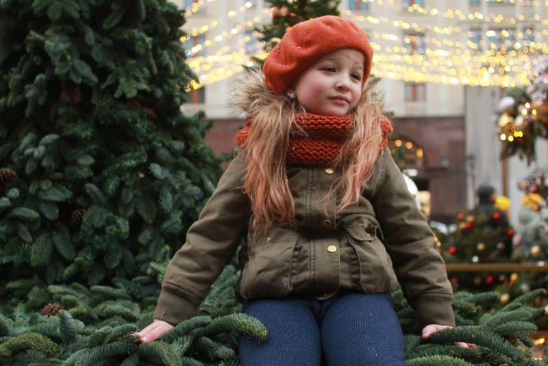 Как устроены часы: бесплатные-мастер-классы организовали на Ореховом бульваре в рамках фестиваля «Путешествие в Рождество»