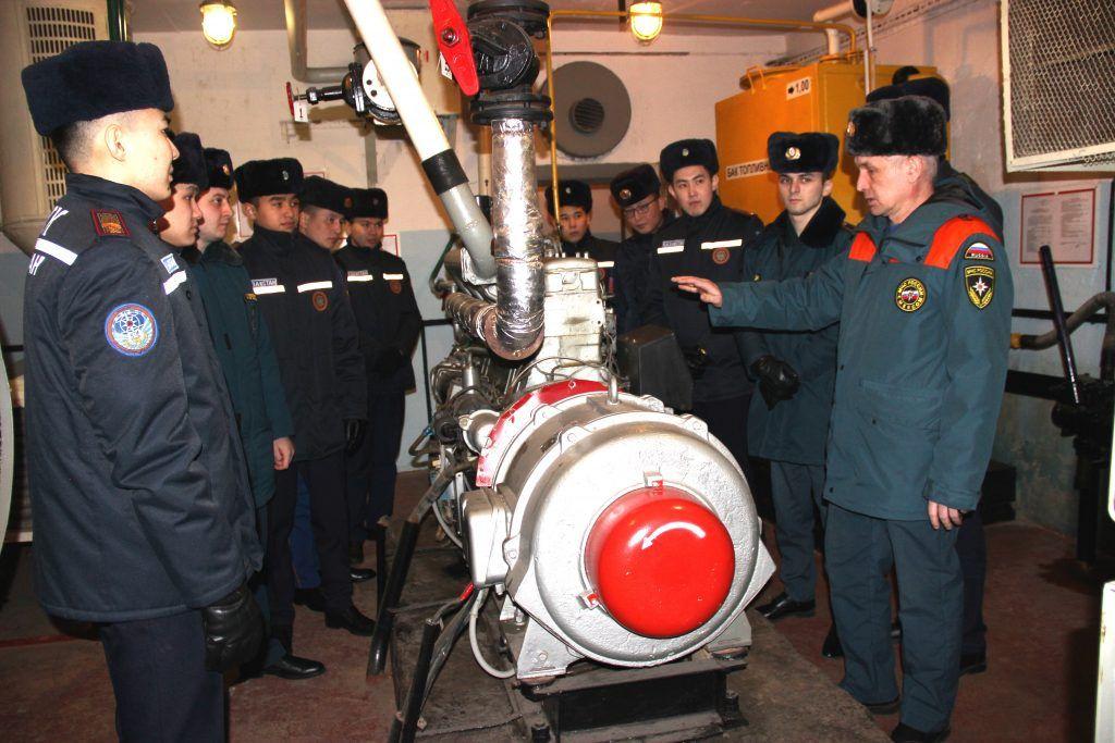 Слушатели АГПС МЧС России проходят практику в защитных сооружениях гражданской обороны столицы