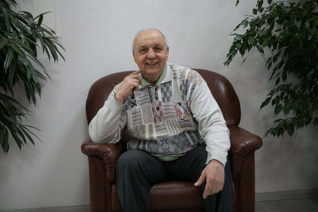 Виталий Иванов в филиале «Бирюлево Западное» Территориального центра социального обслуживания «Чертаново». Фото: Михаил Подобед