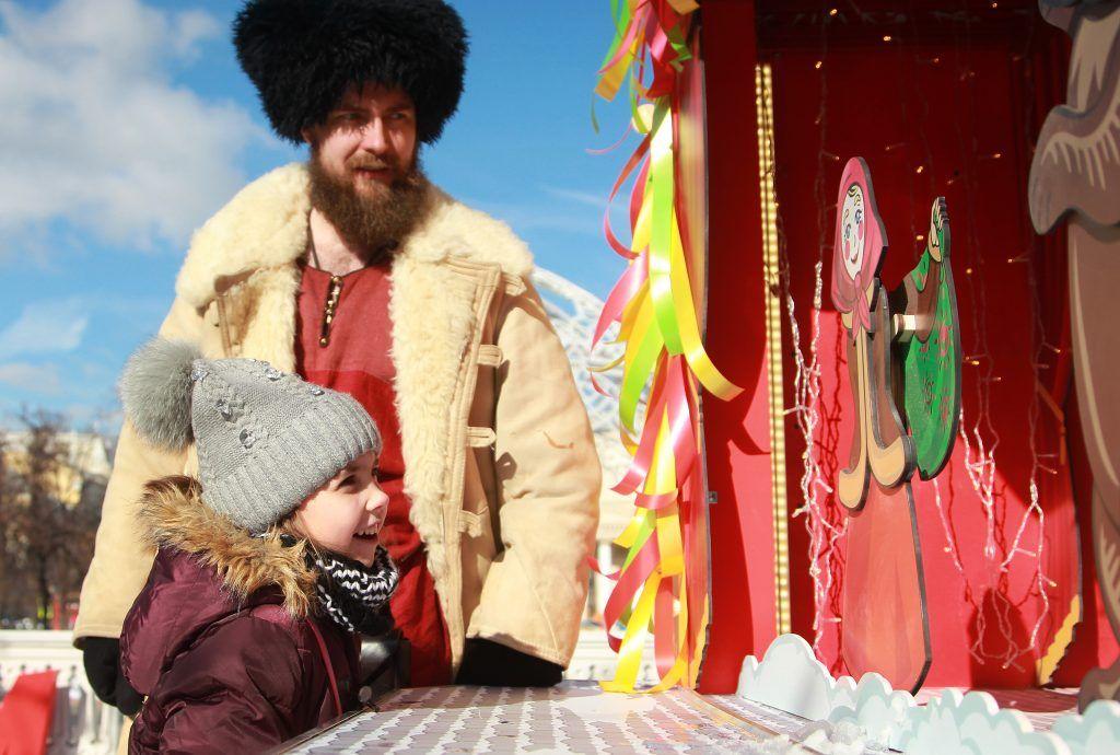 Жителей Чертанова Центрального пригласили на праздничные народные гулянья