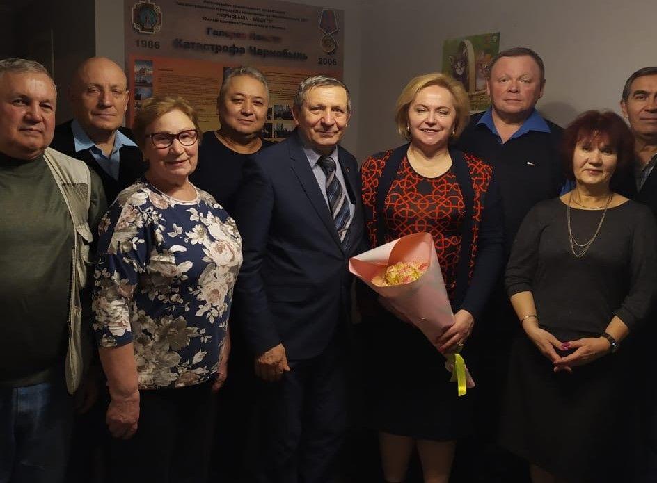Чернобыльцы благодарны за помощьдепутату Любови Духаниной