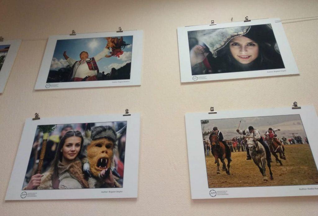 Весну встретят по-болгарски в библиотеке №163. Фото предоставила Алла Соколова
