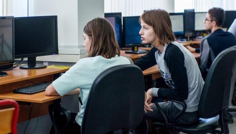 Единую сеть Wi-Fi подключили во всех столичных школах. Фото: сайт мэра Москвы