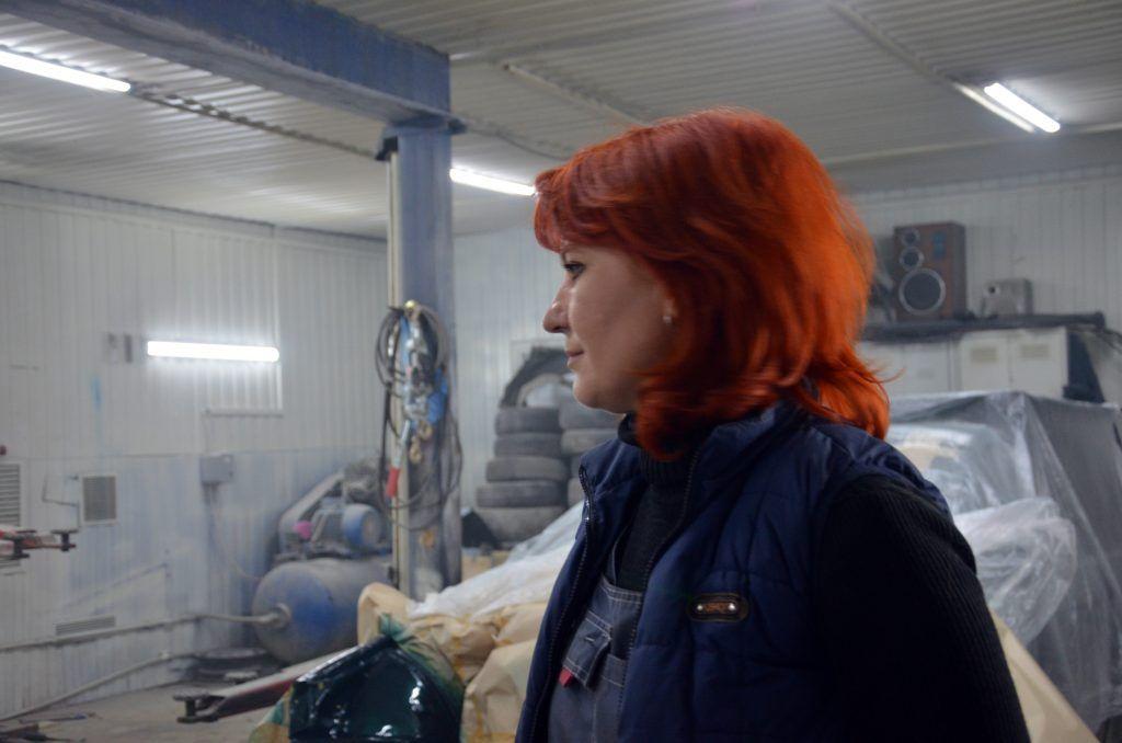Екатерина в мастерской. Фото: Патимат Абдурахманова