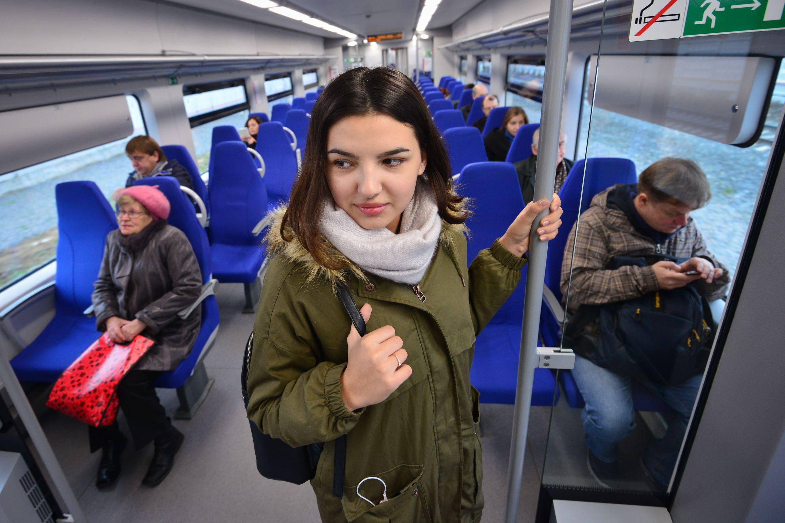 Поезда на МЦК будут курсировать по графику выходного дня с 28 марта