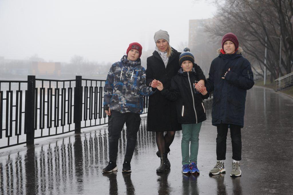 Елена Ивашкина, мама Максима, Андрея и Миши (слева направо). Фото: Игорь Генералов