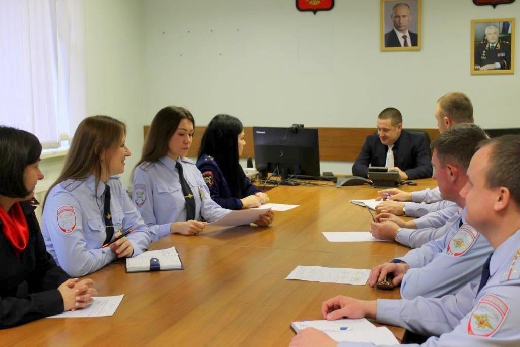 Сотрудниками полиции Южного округа столицы проведен «круглый стол»