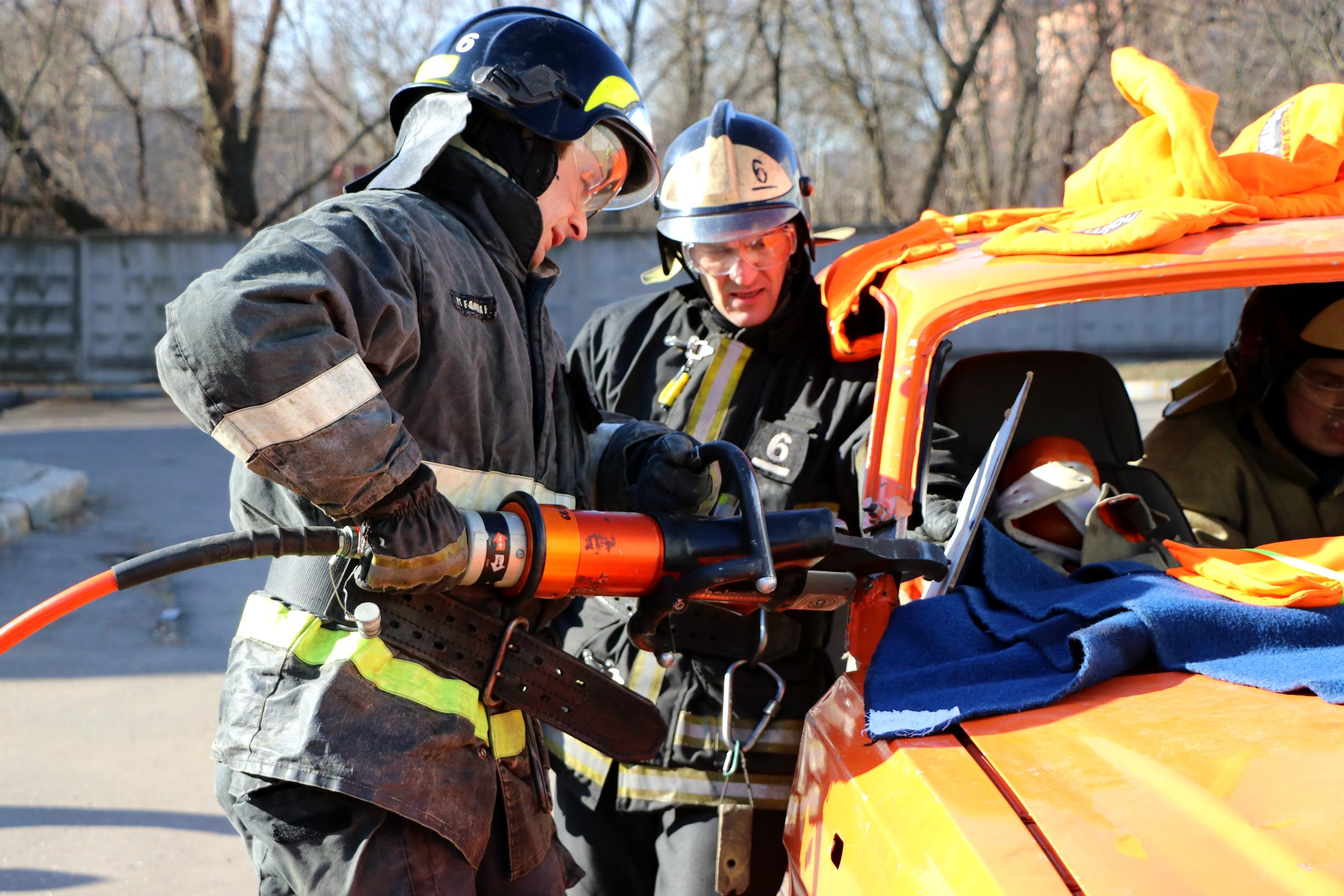 Соревнования пожарных при ликвидации ДТП