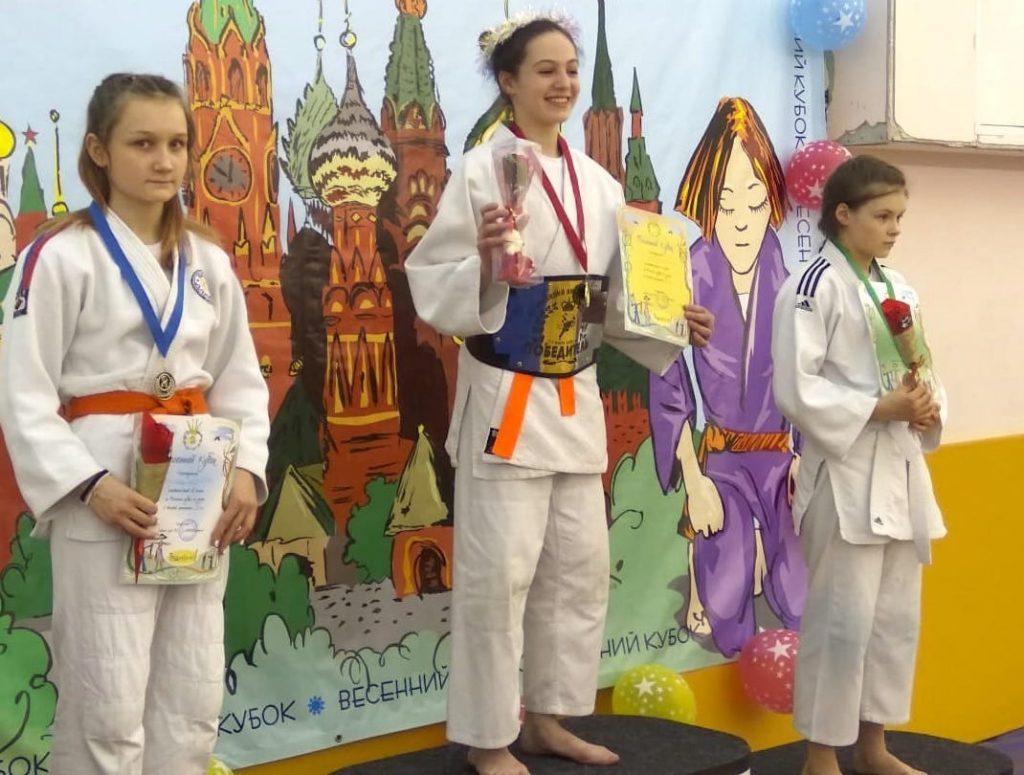 Воспитанница спортивной школы олимпийского резерва №47 завоевала золото на турнире по дзюдо. Фото предоставили в пресс-службе СШОР №47