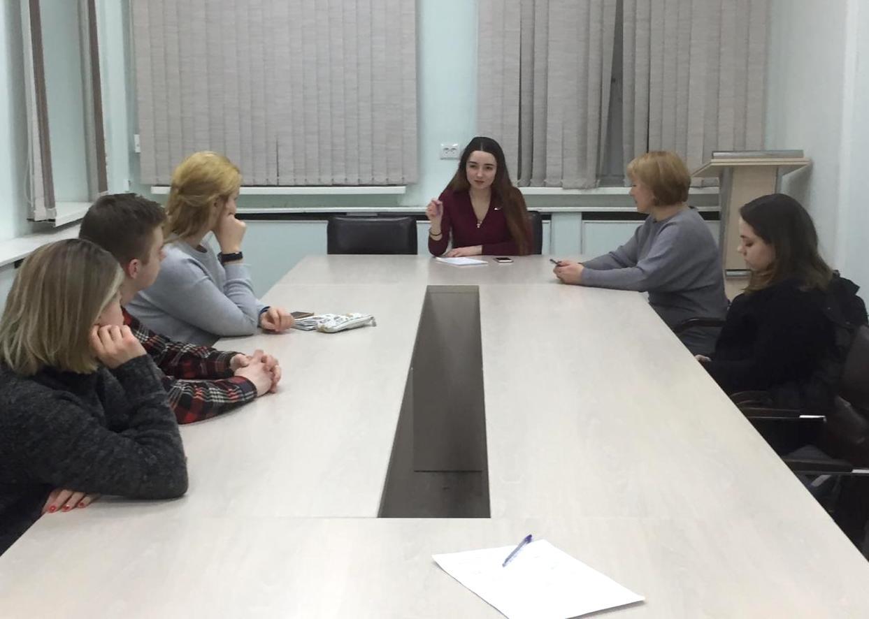 Молодые парламентарии Царицына рассказали о переносе акции «Подари игрушку»