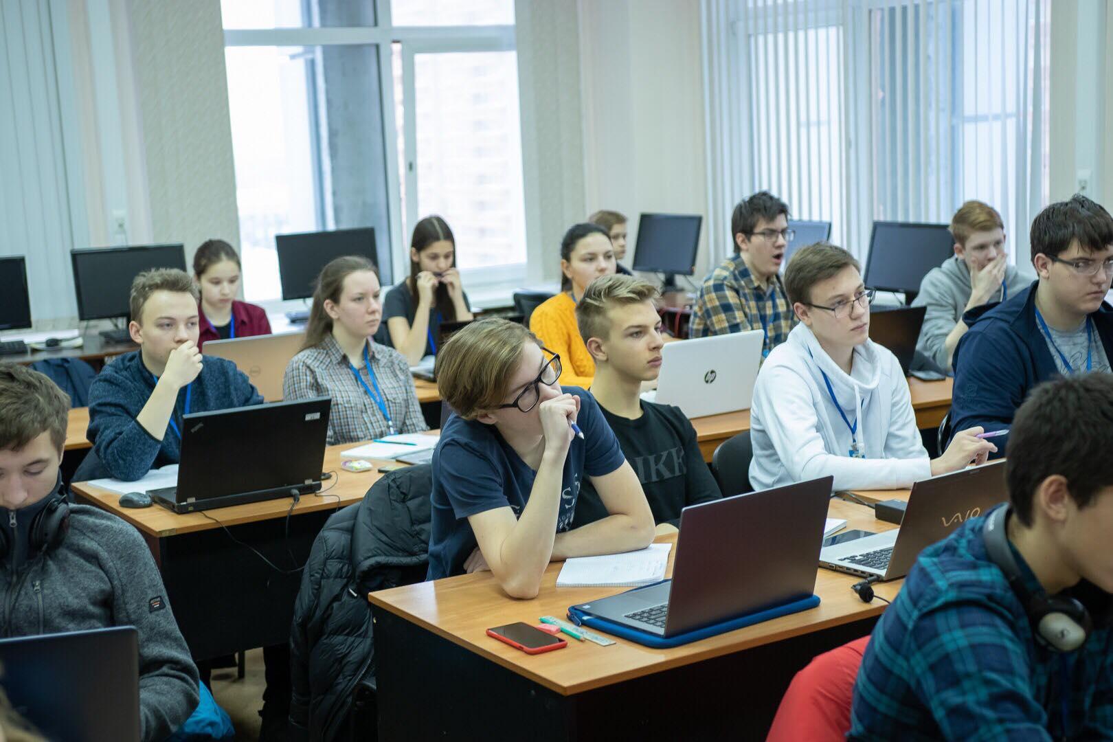 Число учащихся в Москве превысило исторический рекорд