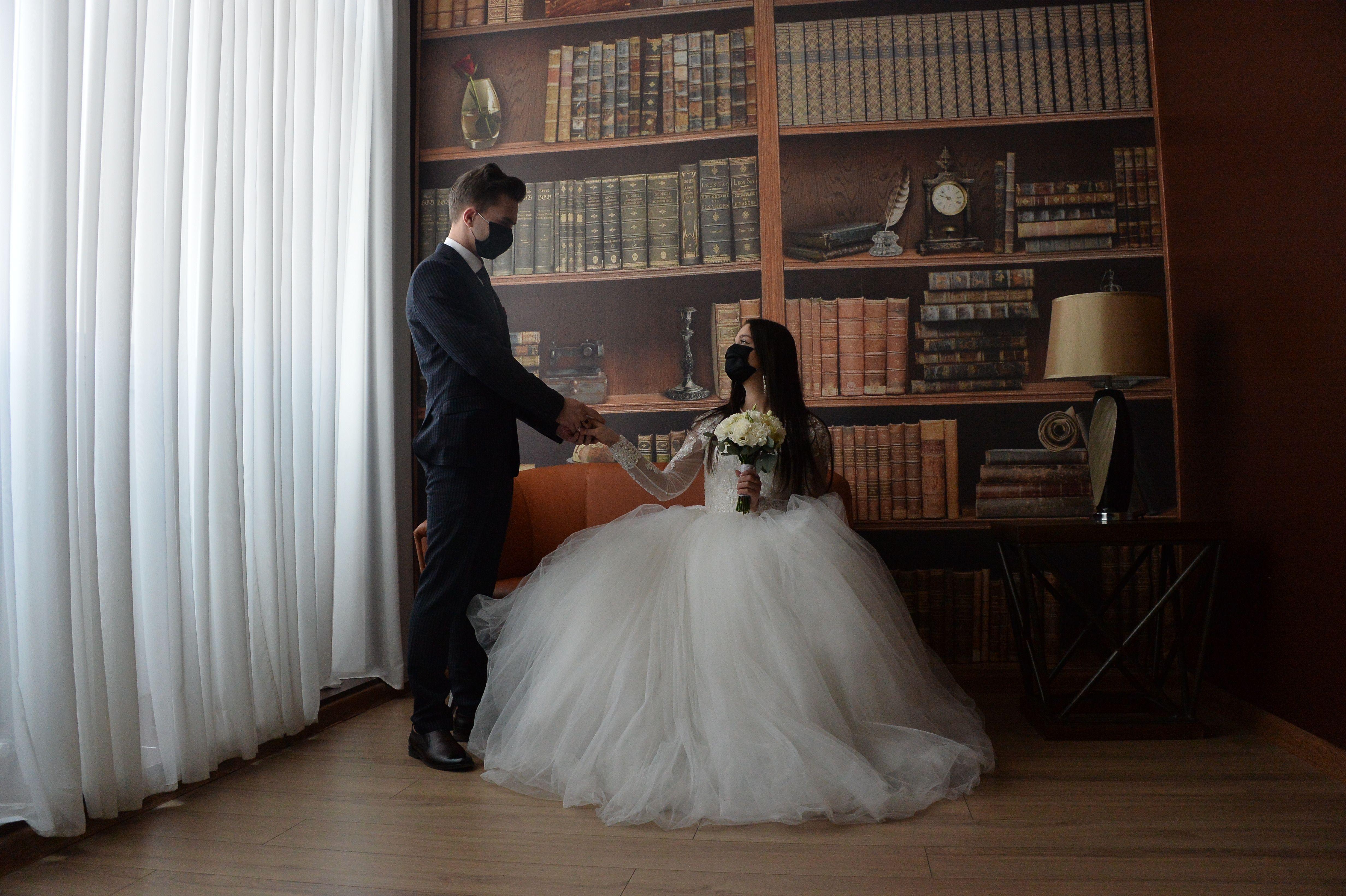 Фотофакт: Свадьба вдвоем