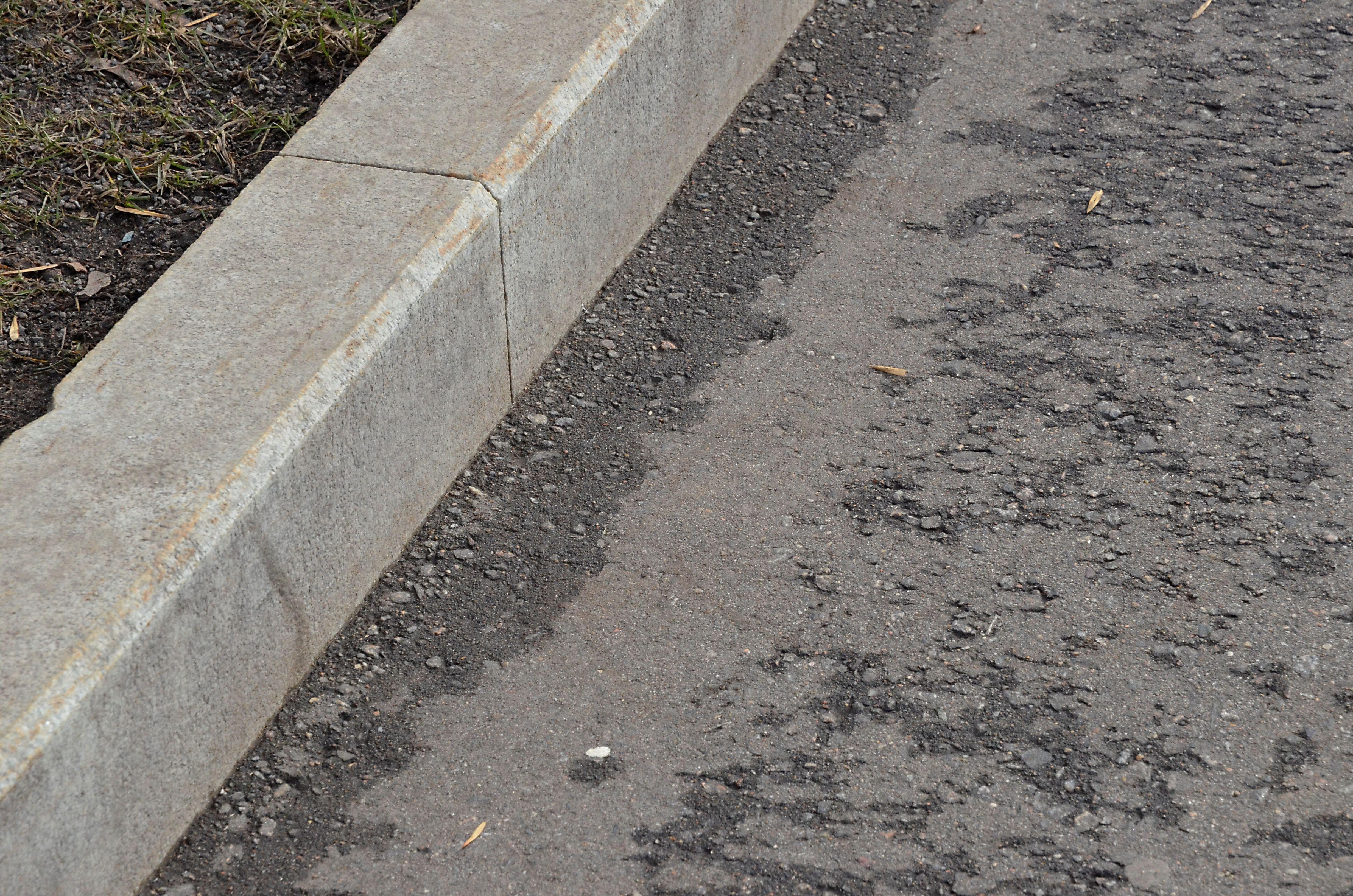 Асфальт на улицах Даниловского района отремонтируют