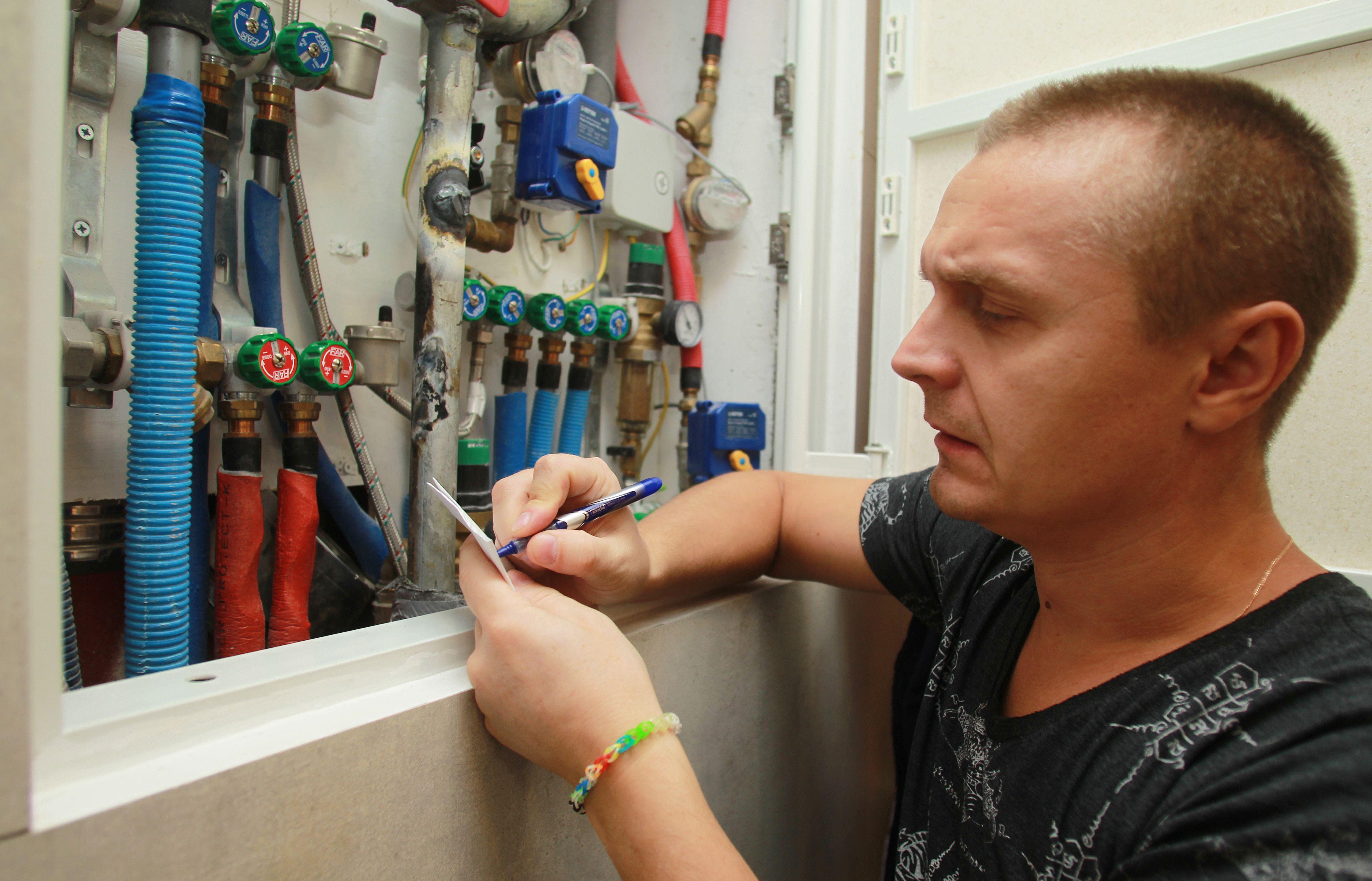 Москвичам напомнили о дистанционных способах передачи показаний счетчиков