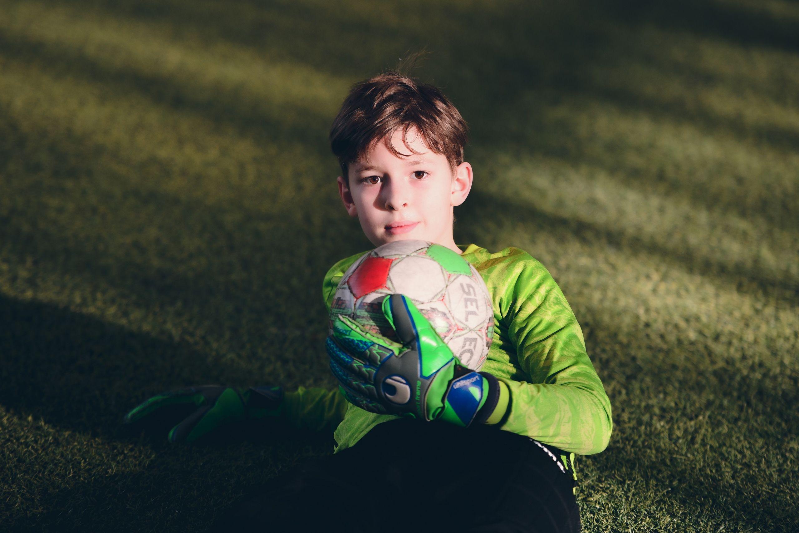 Пока все дома: конкурс для юных футболистов запустили в «Чертанове»