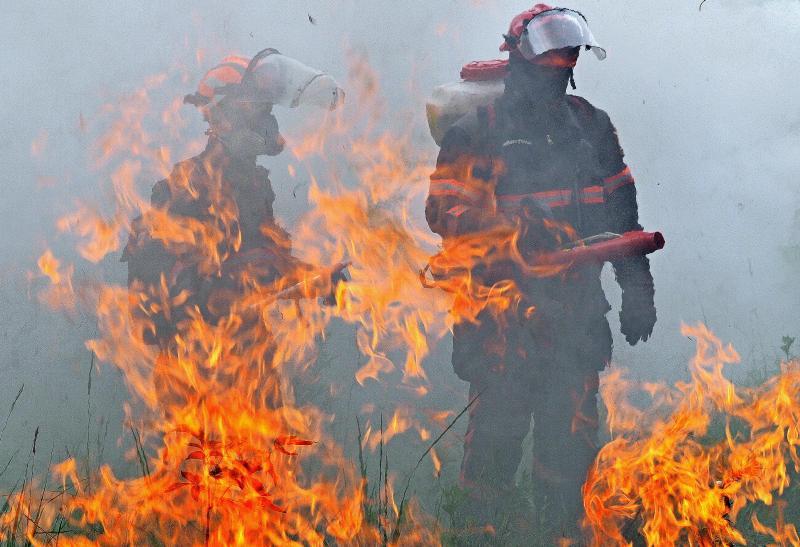 Крупный пожар на юго-востоке Москвы ликвидировали