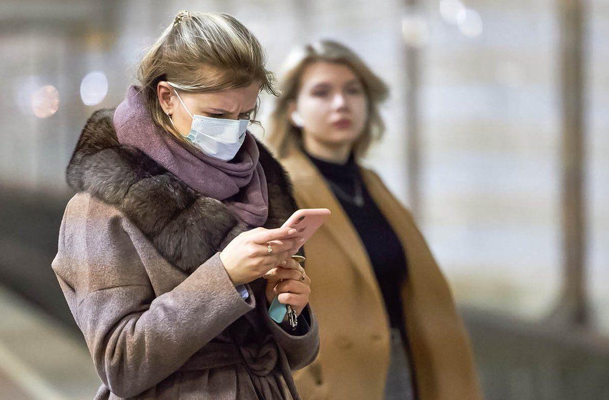 Москвичам рассказали о правильном использовании медицинских масок