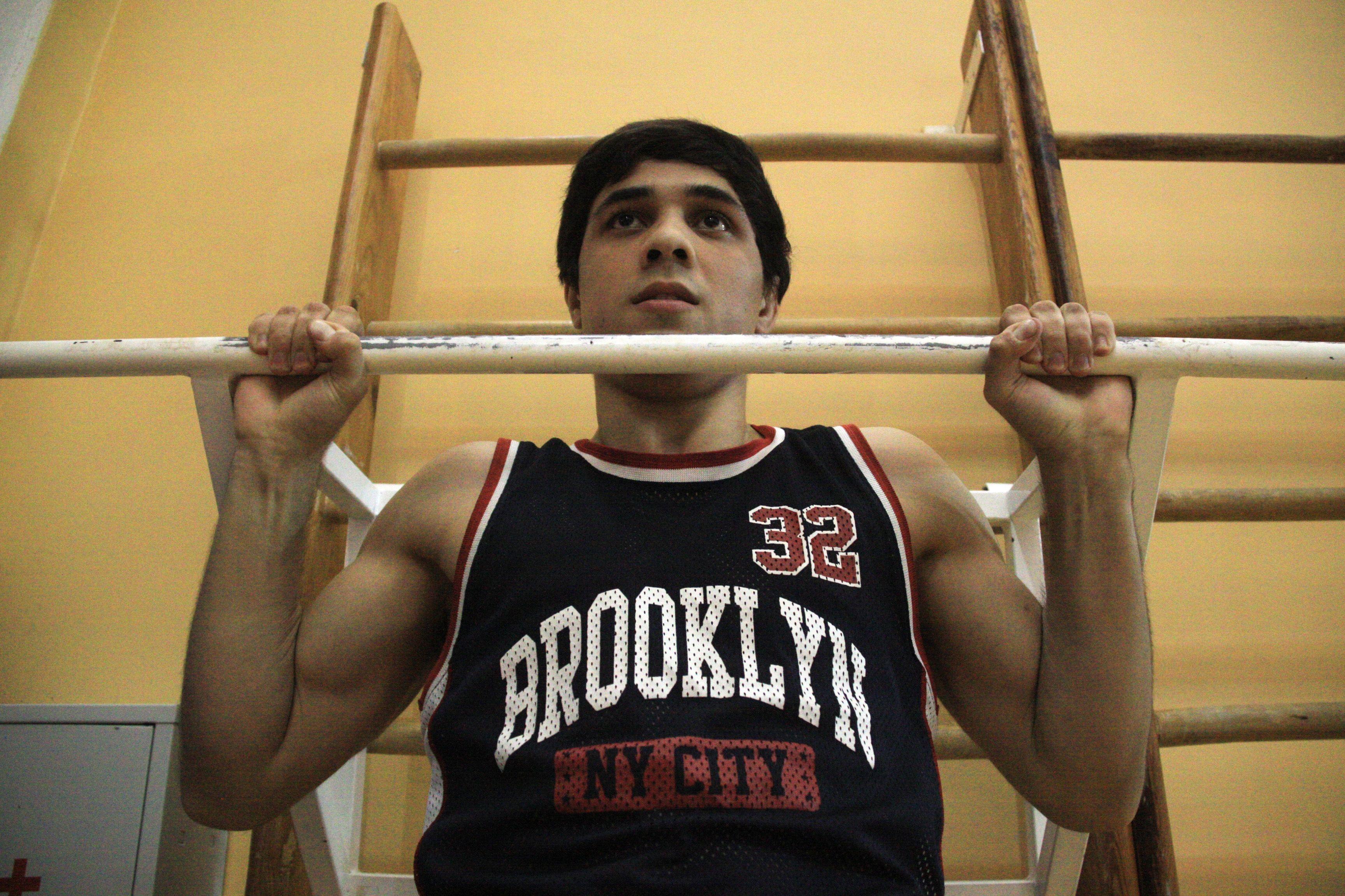 Спорт онлайн: серию домашних тренировок подготовили инструкторы юга