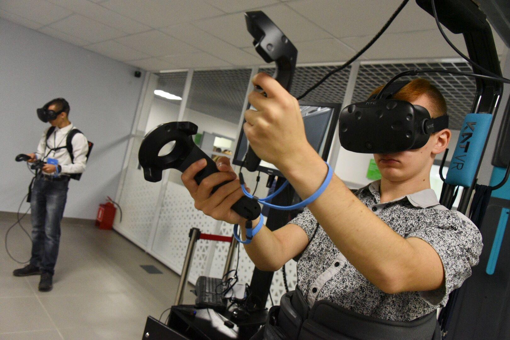 Детский технопарк «Москва» запустил хакатон в виртуальной реальности
