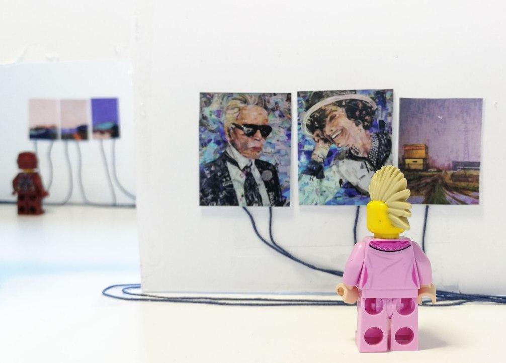Кураторскую экскурсию проведут по виртуальной выставке «Оставайтесь на связи!»