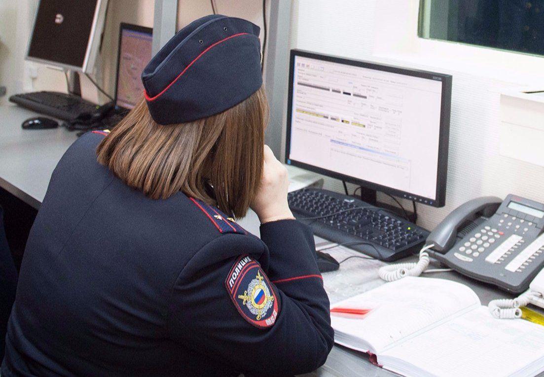 Полицейские УВД юга столицы задержали подозреваемую в краже из магазина