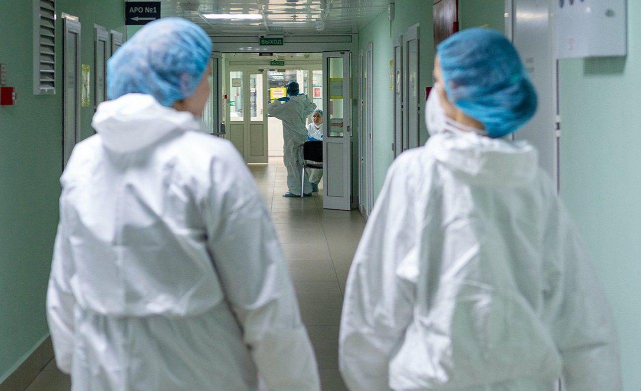 Более 350 тысяч выездов на дом совершили врачи поликлиник за месяц