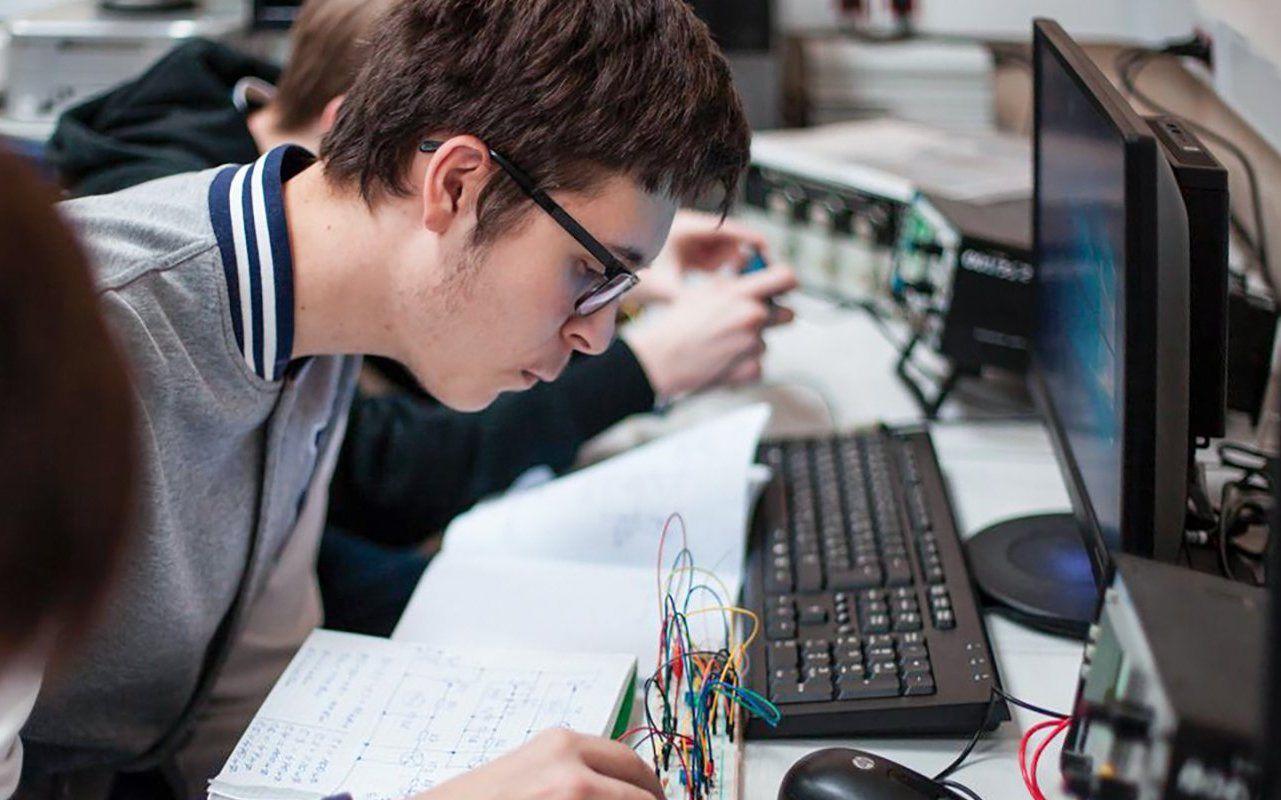 Бесплатный образовательный курс запустили в технопарке «Альтаир»