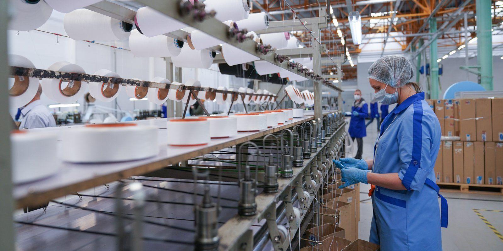 Технополис «Москва» каждый день производит 900 тысяч масок и респираторов