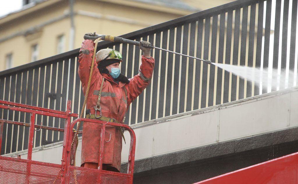 Дезинфекцию на столичных автостанциях и автовокзалах проводят ежедневно. Фото: Наталия Нечаева, «Вечерняя Москва»