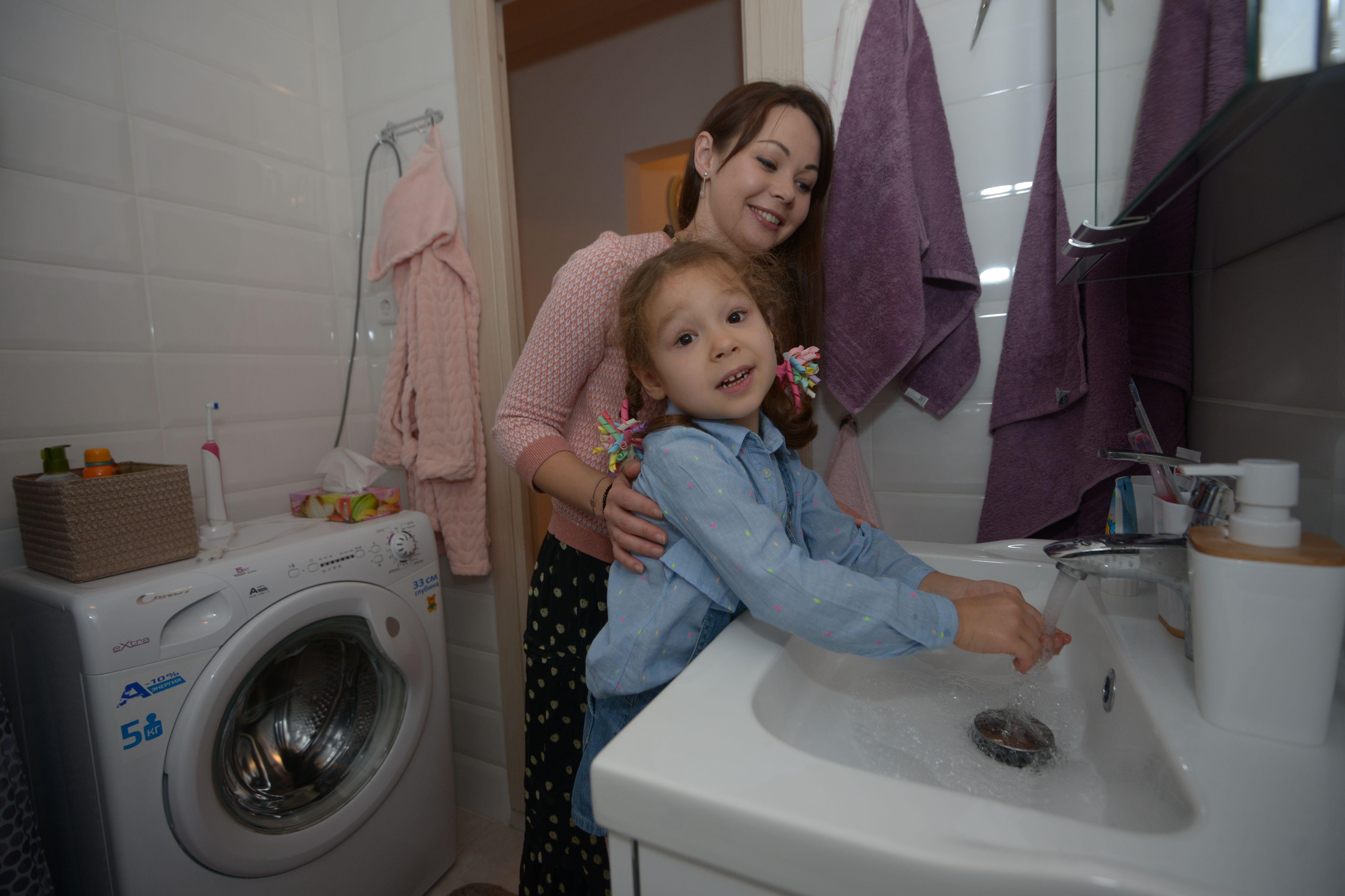 Плановые отключения горячей воды в Москве начнутся летом