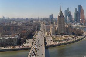 Прогулки по графику в Москве - единственное безопасное для горожан решение. Фото: Никита Нестеров