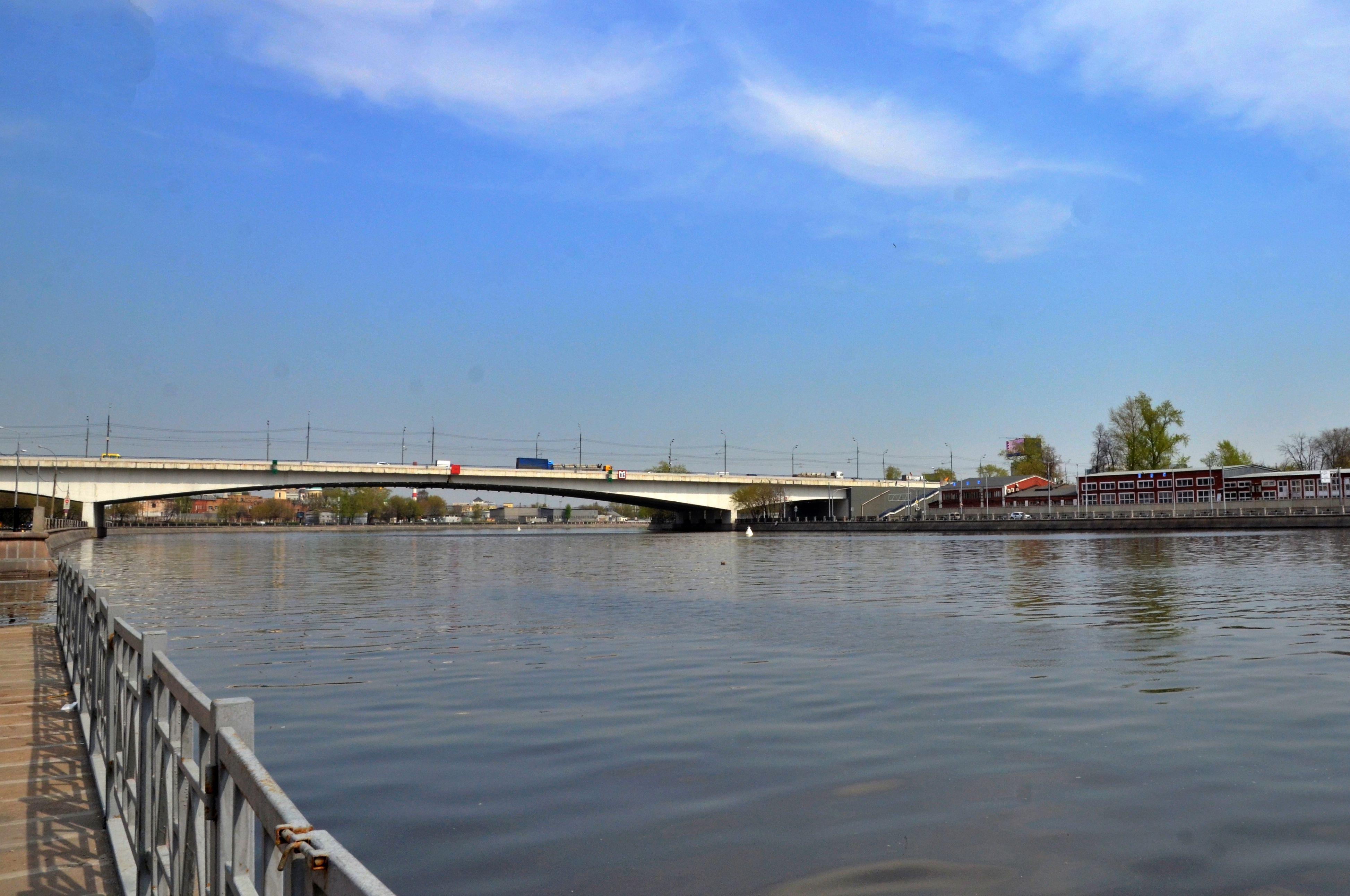 Подмостовое пространство Автозаводского моста капитально отремонтируют