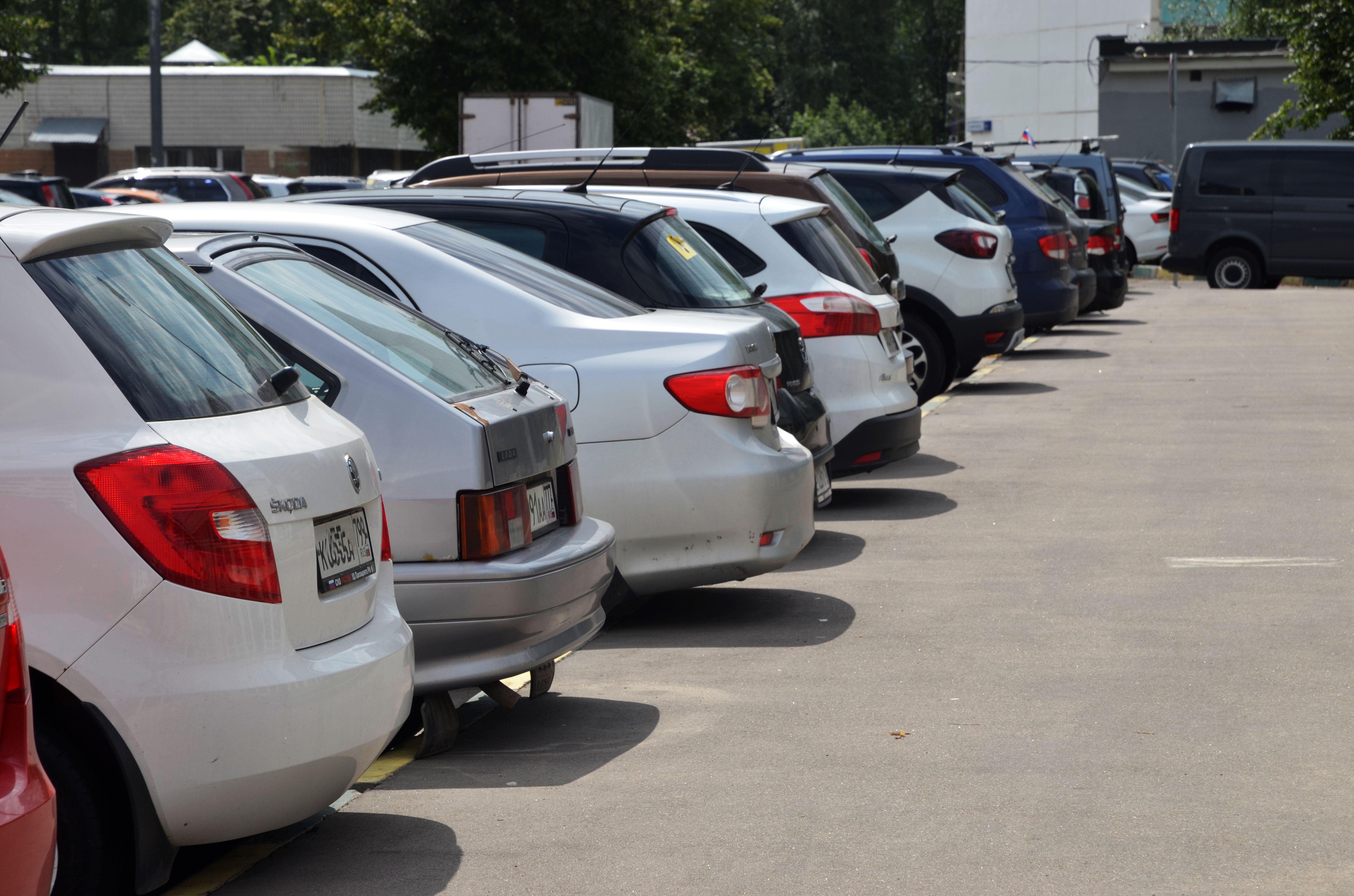 Медики и волонтеры использовали возможность бесплатной парковки более 6,5 тысячи раз