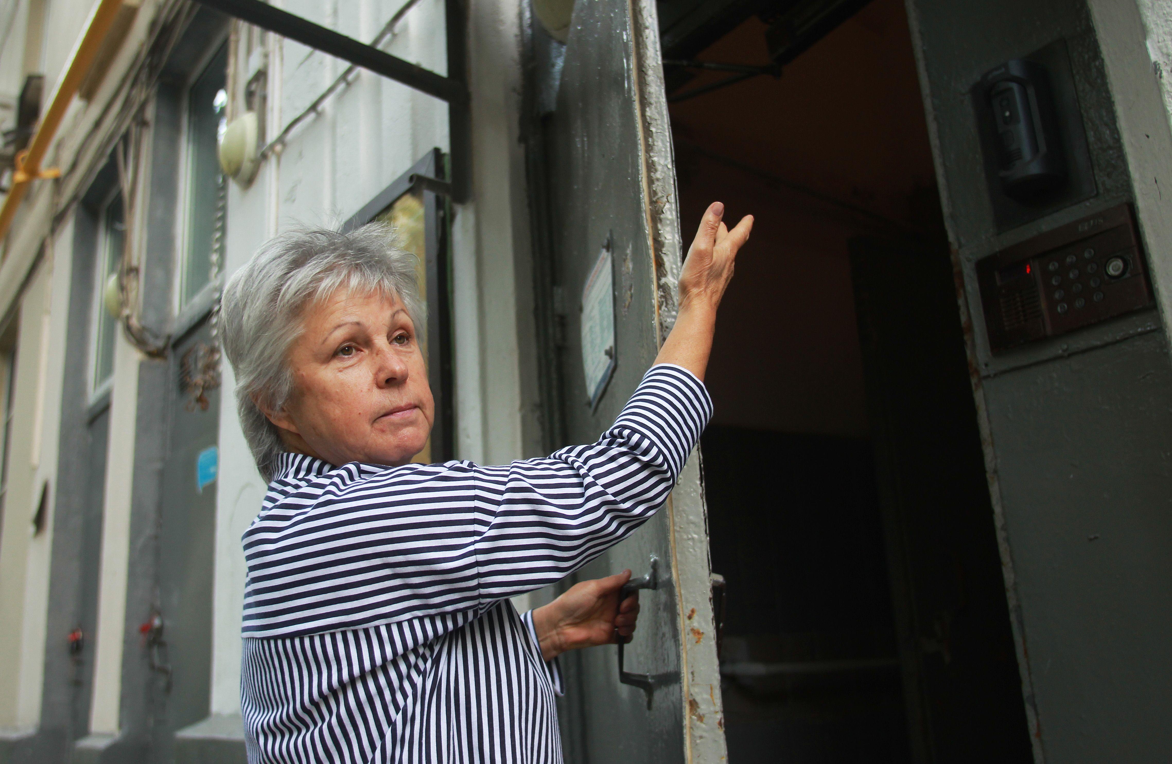 Более 55 подъездов отремонтируют в домах Чертанова Северного