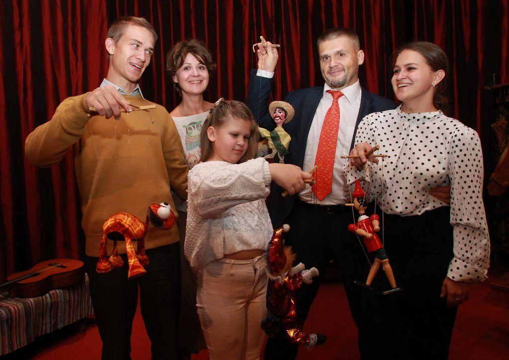 Итоги семейного творческого конкурса в «Дружбе» подведут в прямом эфире. Фото: Наталия Нечаева, «Вечерняя Москва»