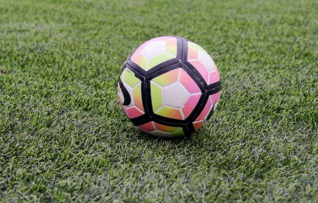 Футбольные клубы «Торпедо» и «Чертаново» попали в пятерку лидеров Олимп-Первенства. Фото: сайт мэра Москвы