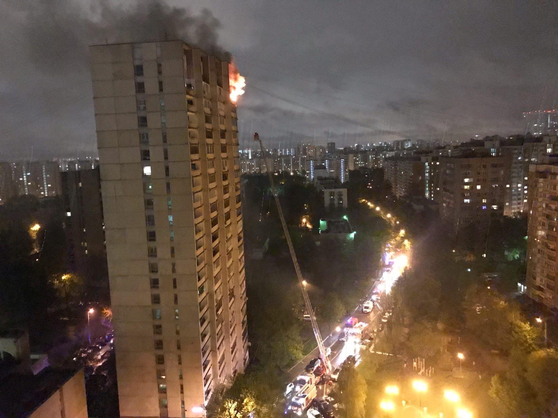 Пожарные спасли семь человек, один из которых ребенок