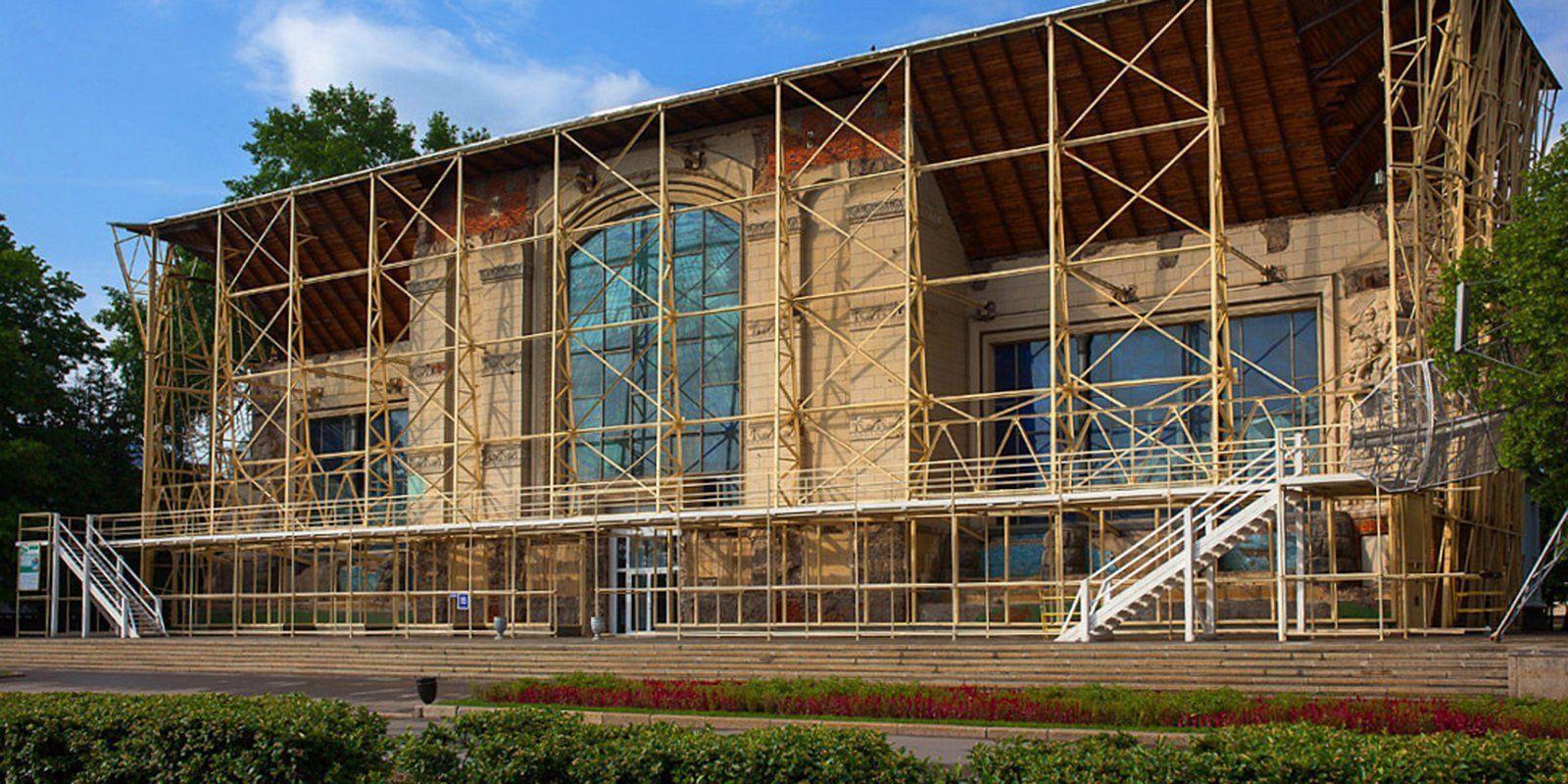 На главной выставке страны восстановят лепной декор павильона № 15