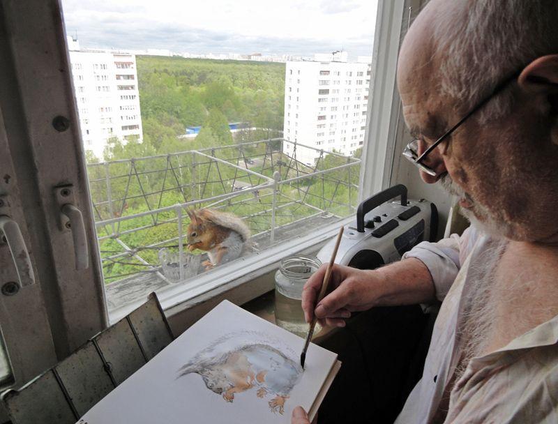 Рыжая гостья приходит позировать художнику из Чертанова на 15 этаж